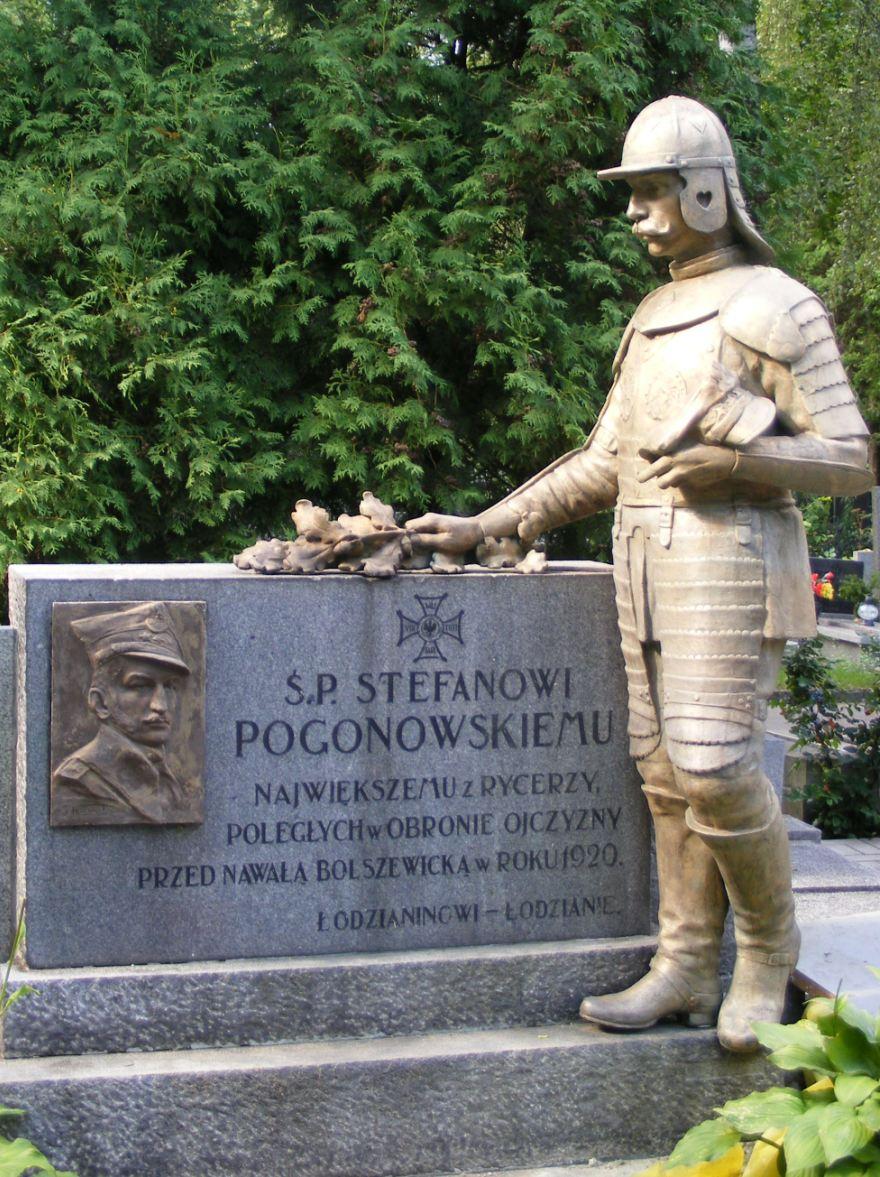 Pomnik na mogile kapitana Stefana Pogonowskiego